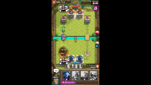 Combat screenshot of Clash Royale video game interface.
